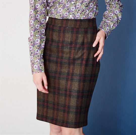 Ladies Green Check Wool Skirt